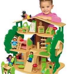 LAKESHORE GIANT TREEHOUSE AND FURNITURE