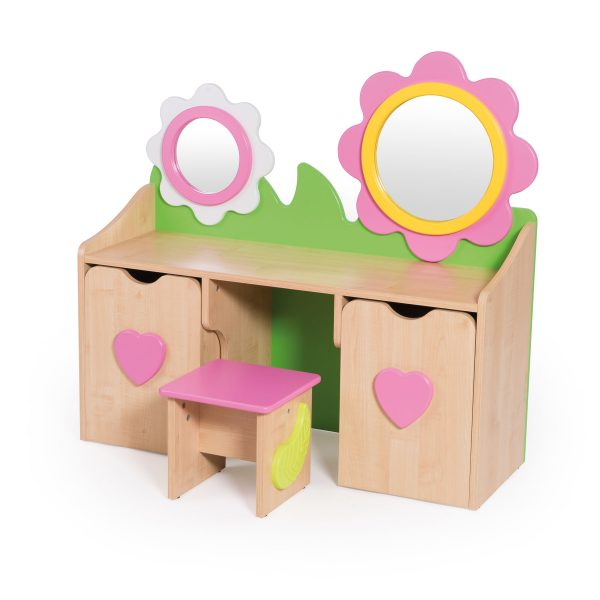Daisy cabinet