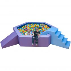 Hexagon ball pit with balls