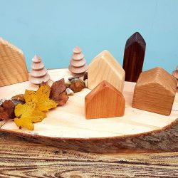 Wooden houses Set of 6