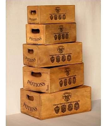 Set of 5 nesting boxes